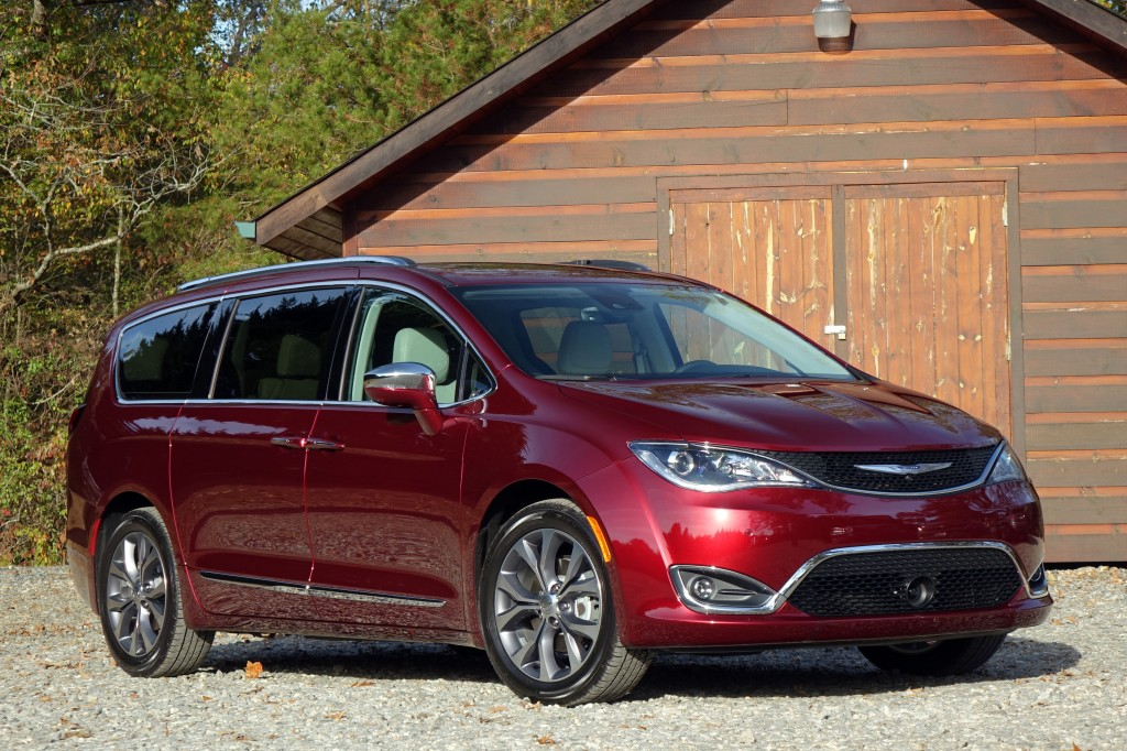 chrysler pacifica facts