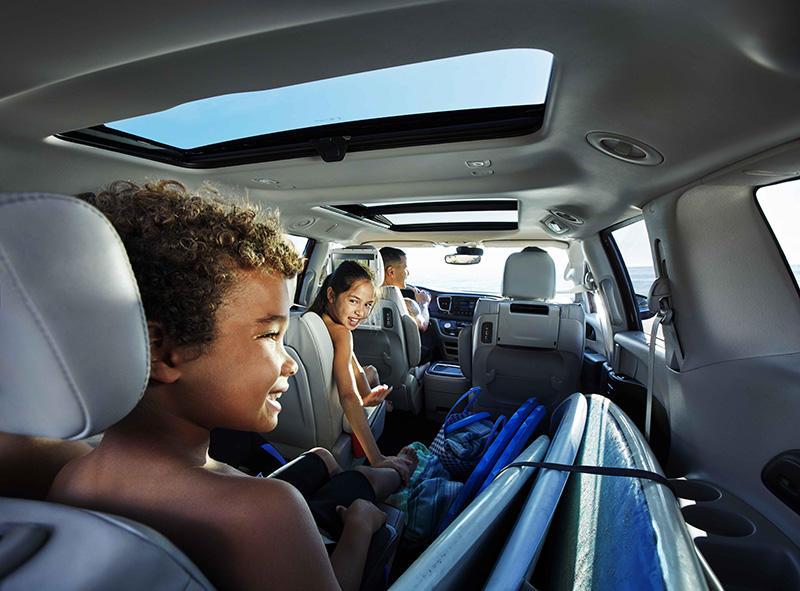 Miami-Lakes-Chrysler-Pacifica-innovative-features-stow-n-go