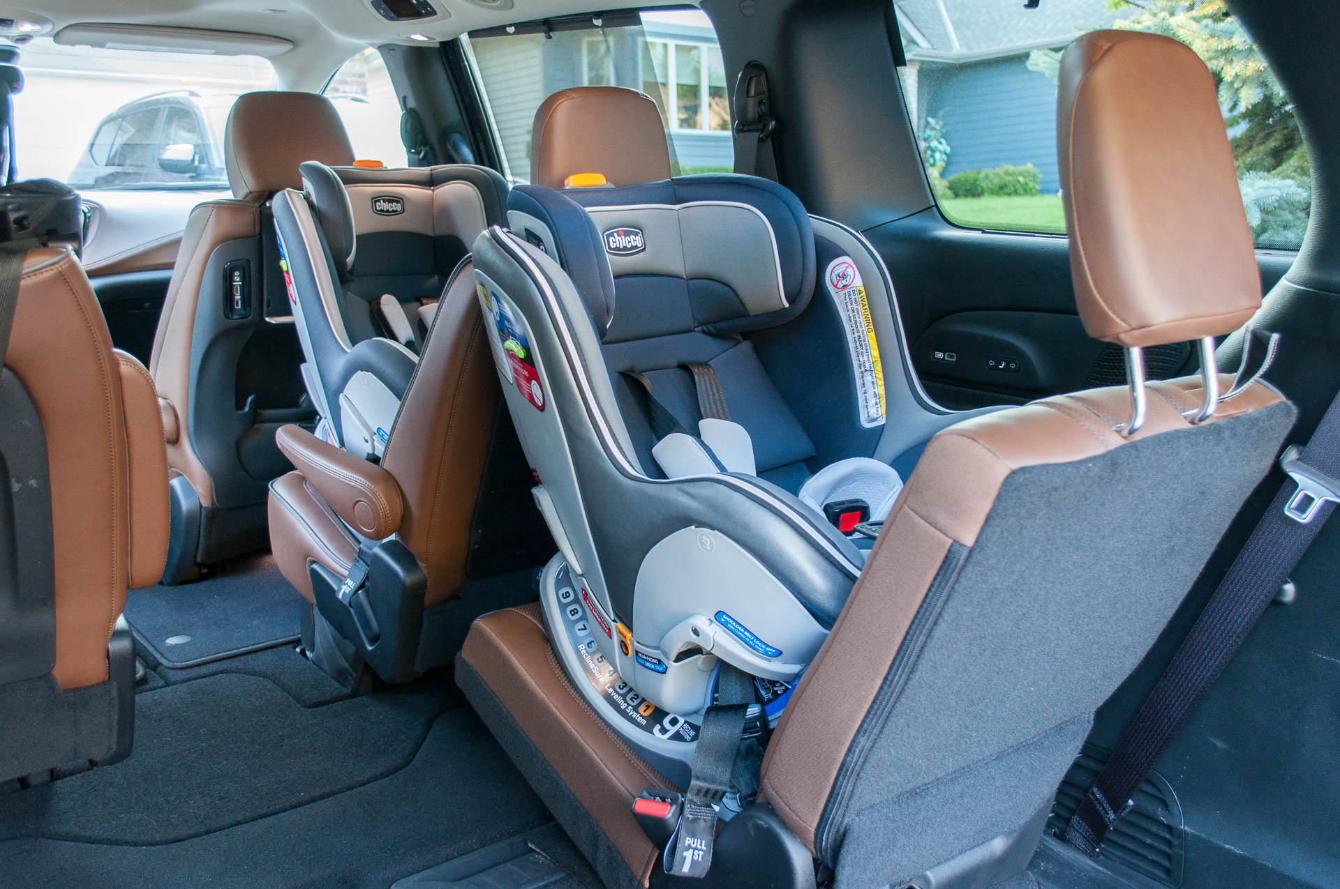 Tremendous Three Car Seats Fit Perfectly In The 2019 Chrysler 300 And Camellatalisay Diy Chair Ideas Camellatalisaycom