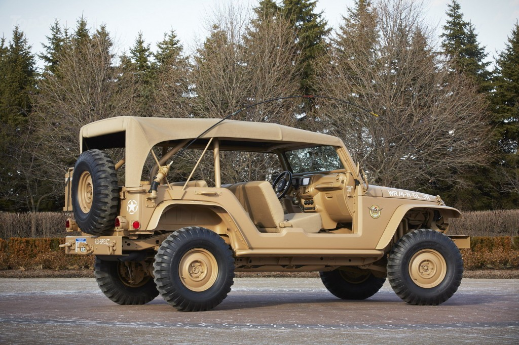 2015-jeep-staff-car_1600x0w