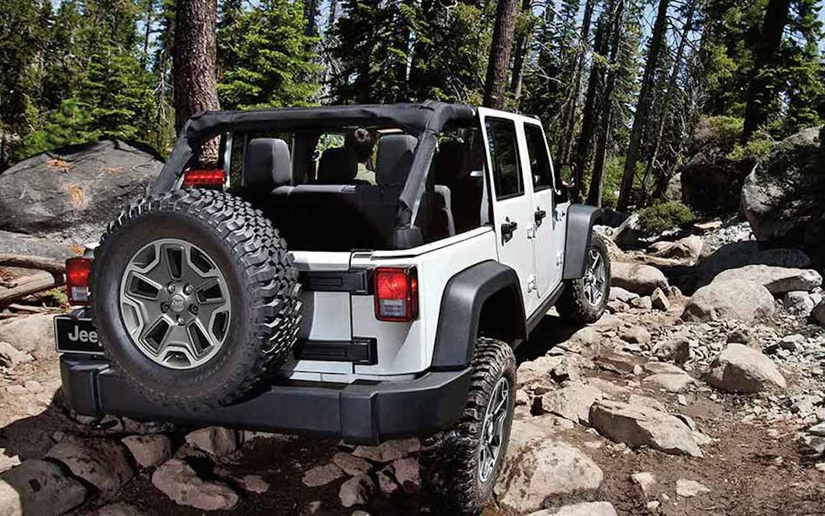 Rocking Out In The 2016 Jeep Wrangler Rubicon 4 Unlimited White