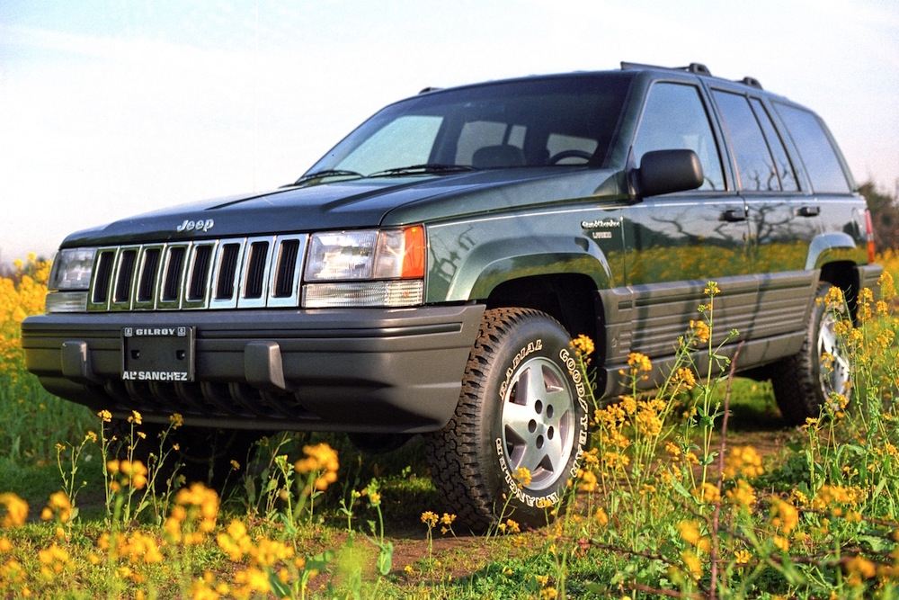 history of the jeep grand cherokee. Black Bedroom Furniture Sets. Home Design Ideas