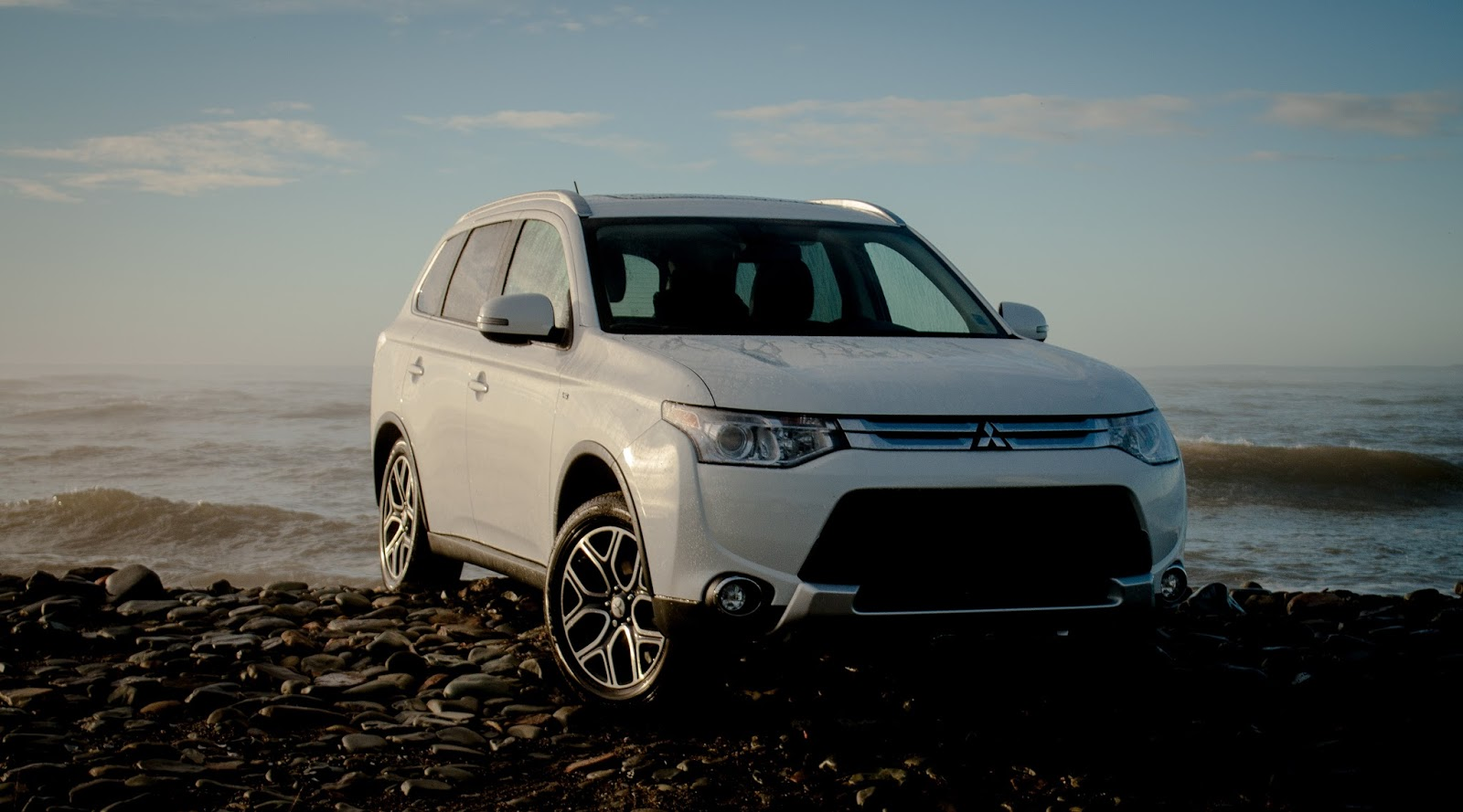 new outlander engine the se a is got mitsubishi to market on sport but make enough it strong