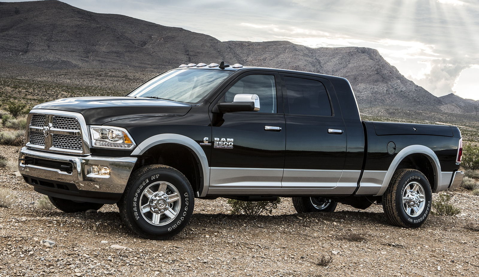 Benefits of owning a pickup truck miami lakes ram blog 2015 ram 3500